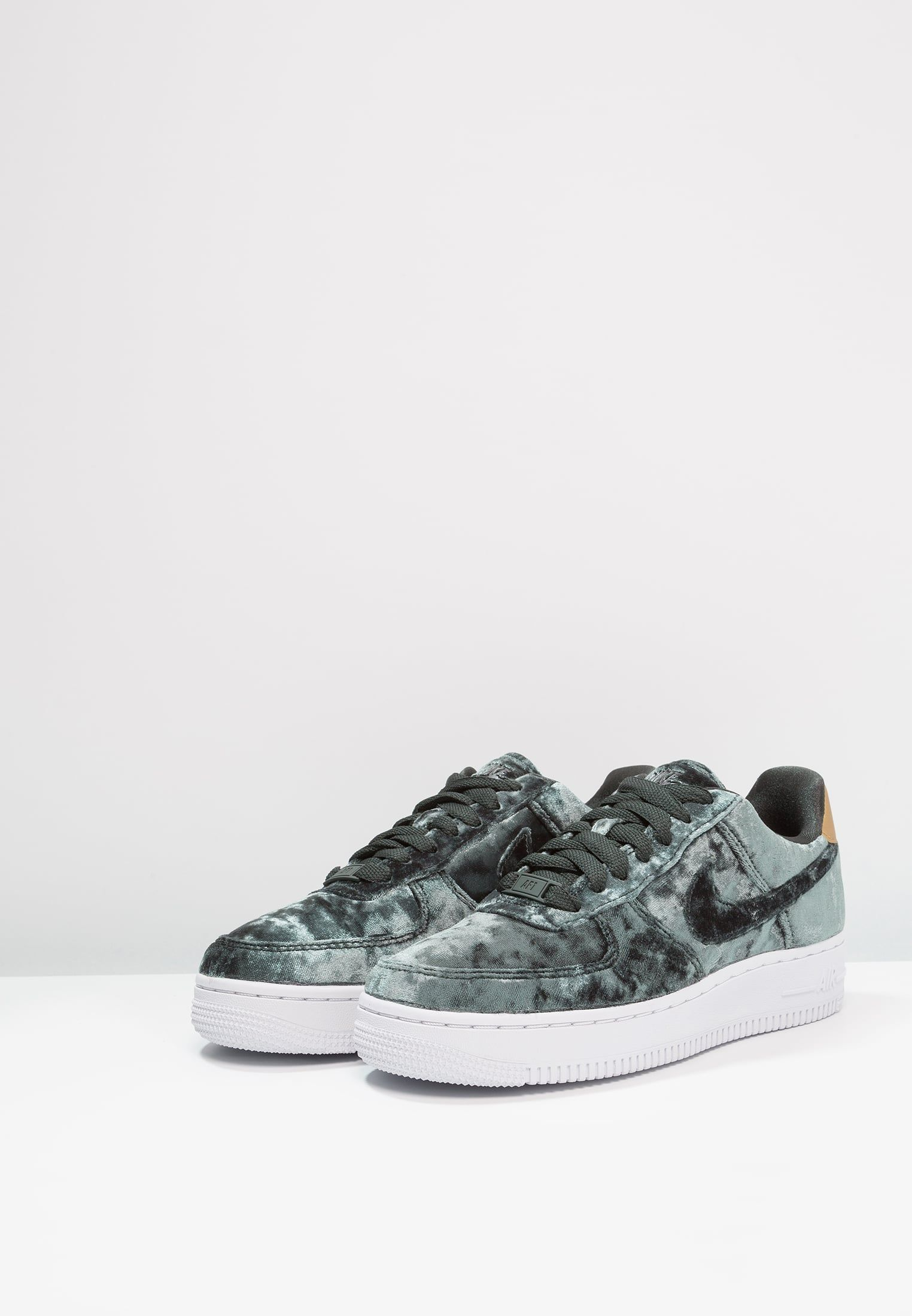 Sneakers women Nike Air Force 1 velvet green | Schoenen