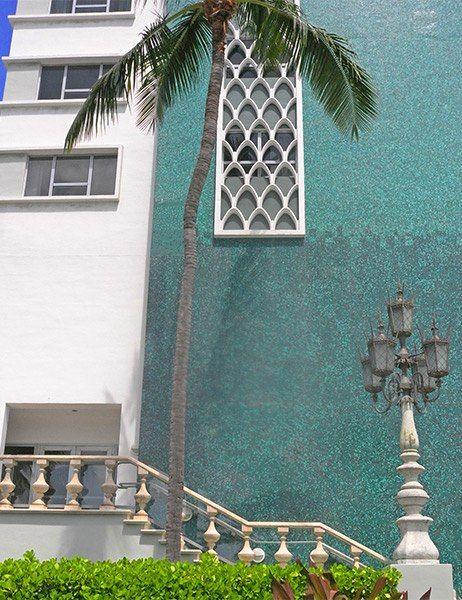 The Architect's Eye:  Lee Mindel visits Miami the Eden Roc