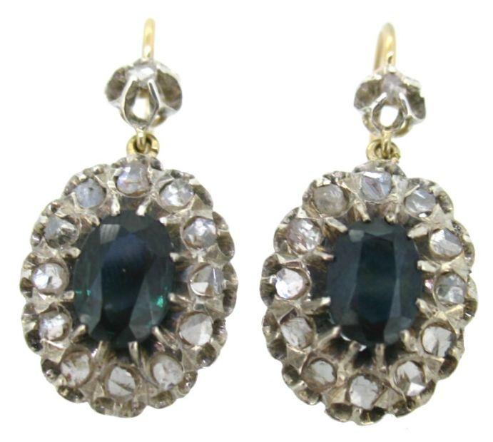 fb02f6891e3f  Catawiki  subastas  Pendientes largos con  Zafiros y  Diamantes en  oro