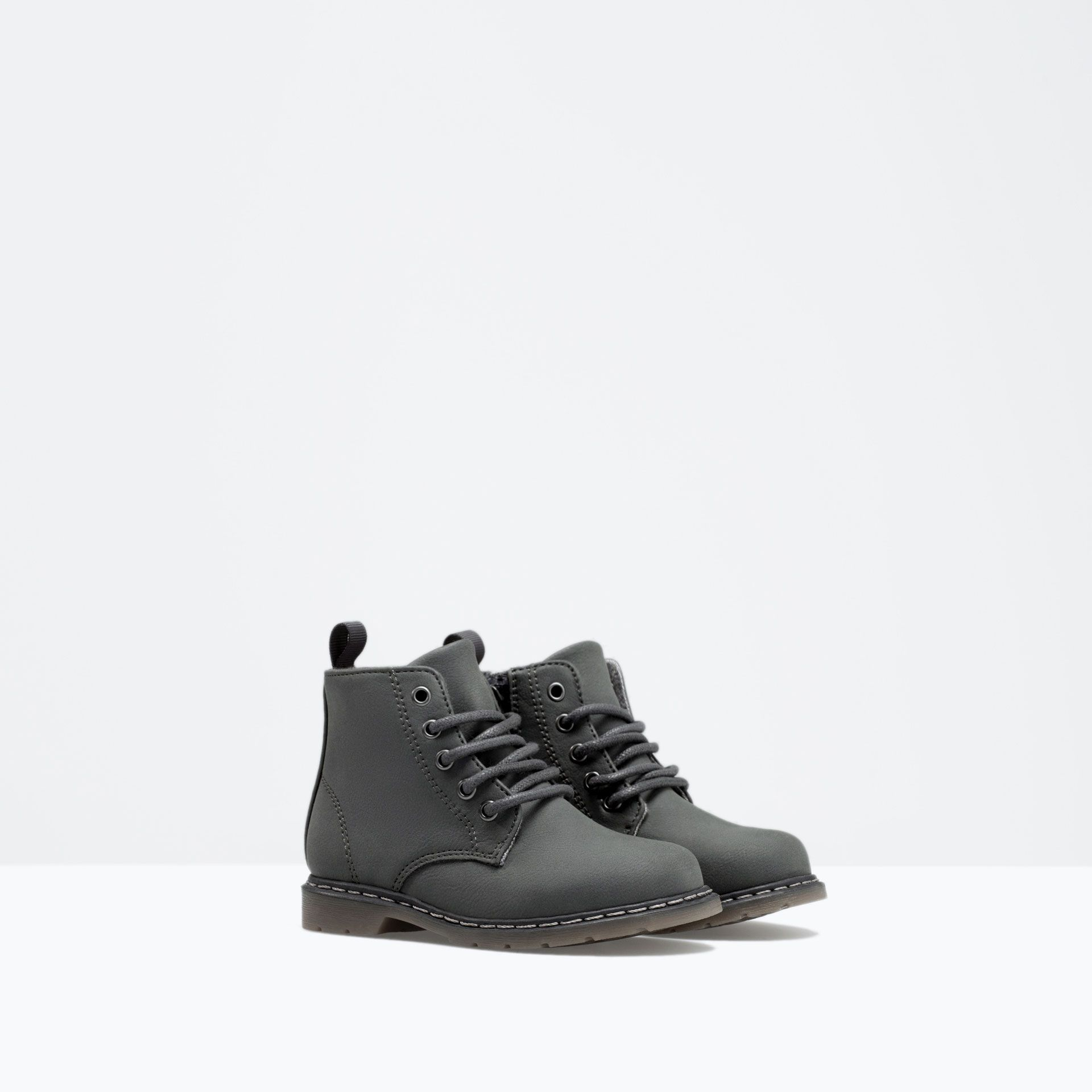 8c0cb4565 Lace-up boots with top stitching detail from Zara Baby Boy AW14 ...