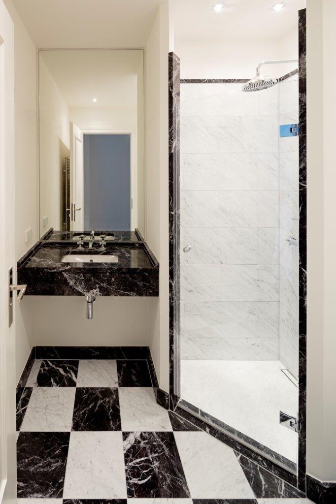 Marmorböden im Schachbrett Muster Achenbachstrasse 41, Badezimmer - bild für badezimmer
