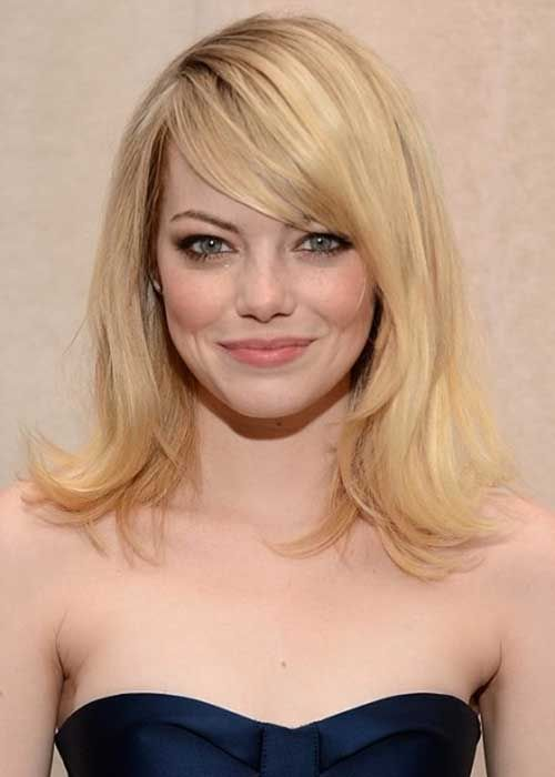 Emma-Stone-Side-Apart-Hair.jpg 500×700 pixeles