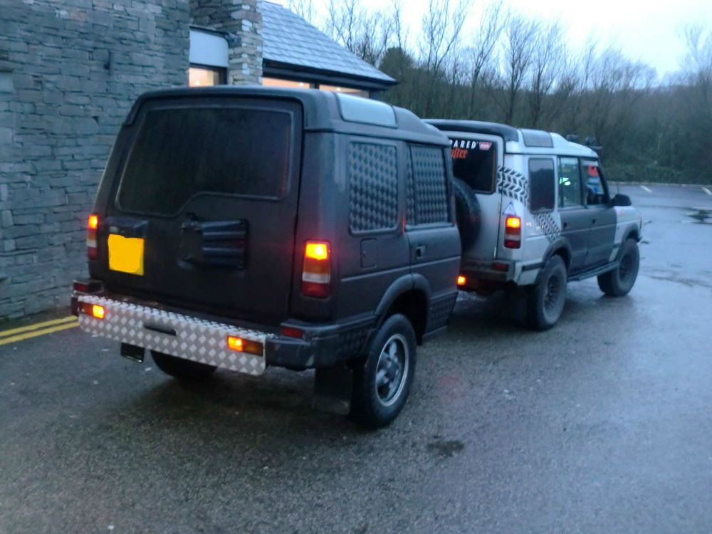 Land rover discovery 4x4 expedition over lander trailer land rover