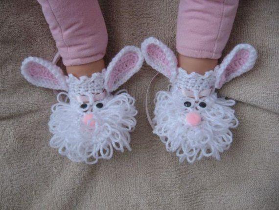 Crochet Bunny Bootie Pattern - just too cute! | randooom | Pinterest ...