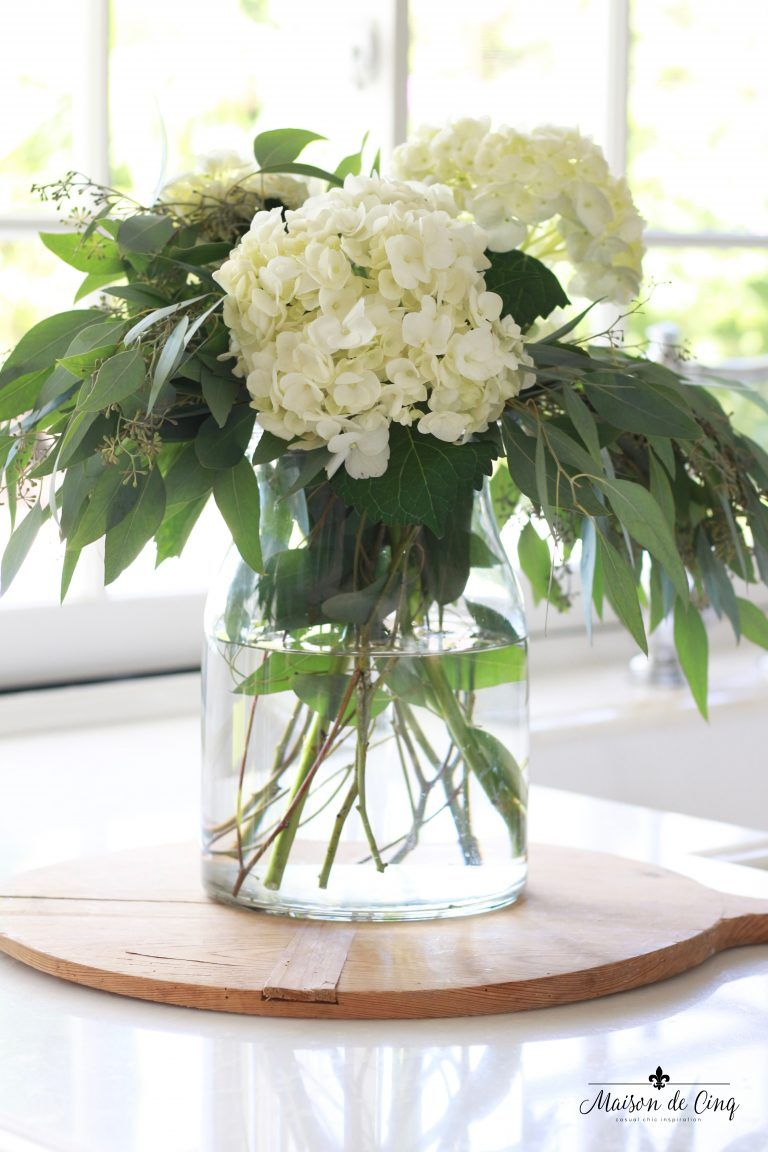 Decorating With White Hydrangeas My Favorite Flower Floral