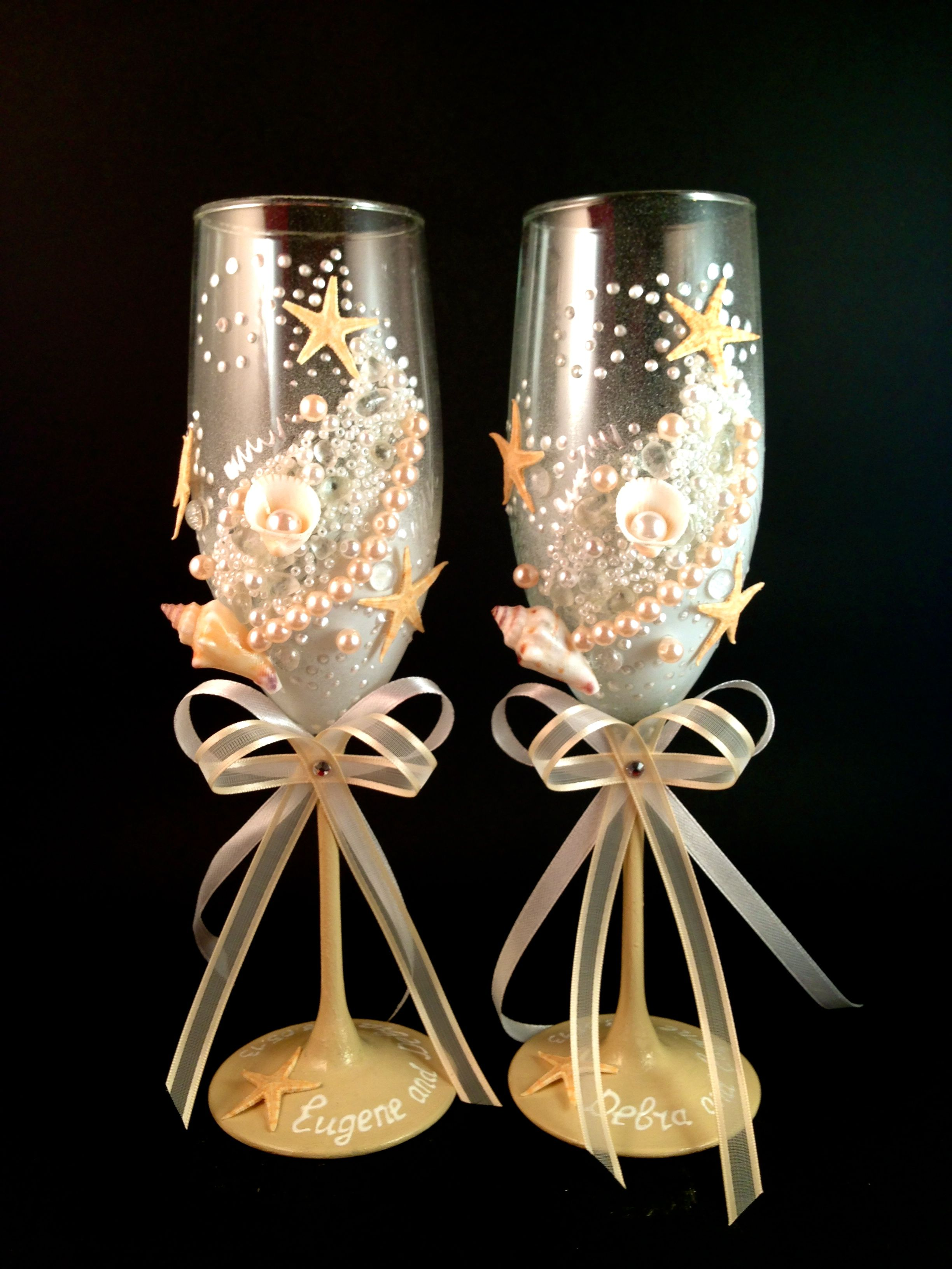 custom hand decorated wedding champagne glasses decorated wedding glasses. Black Bedroom Furniture Sets. Home Design Ideas
