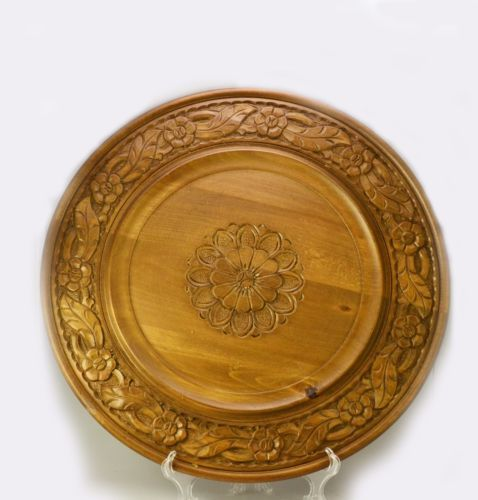 $25.00   VTG-70-039-s-BIG-HANDMADE-DECORATIVE-RELIEF-CARVED-WOOD-PLATE-DISH-WALL-Plaque