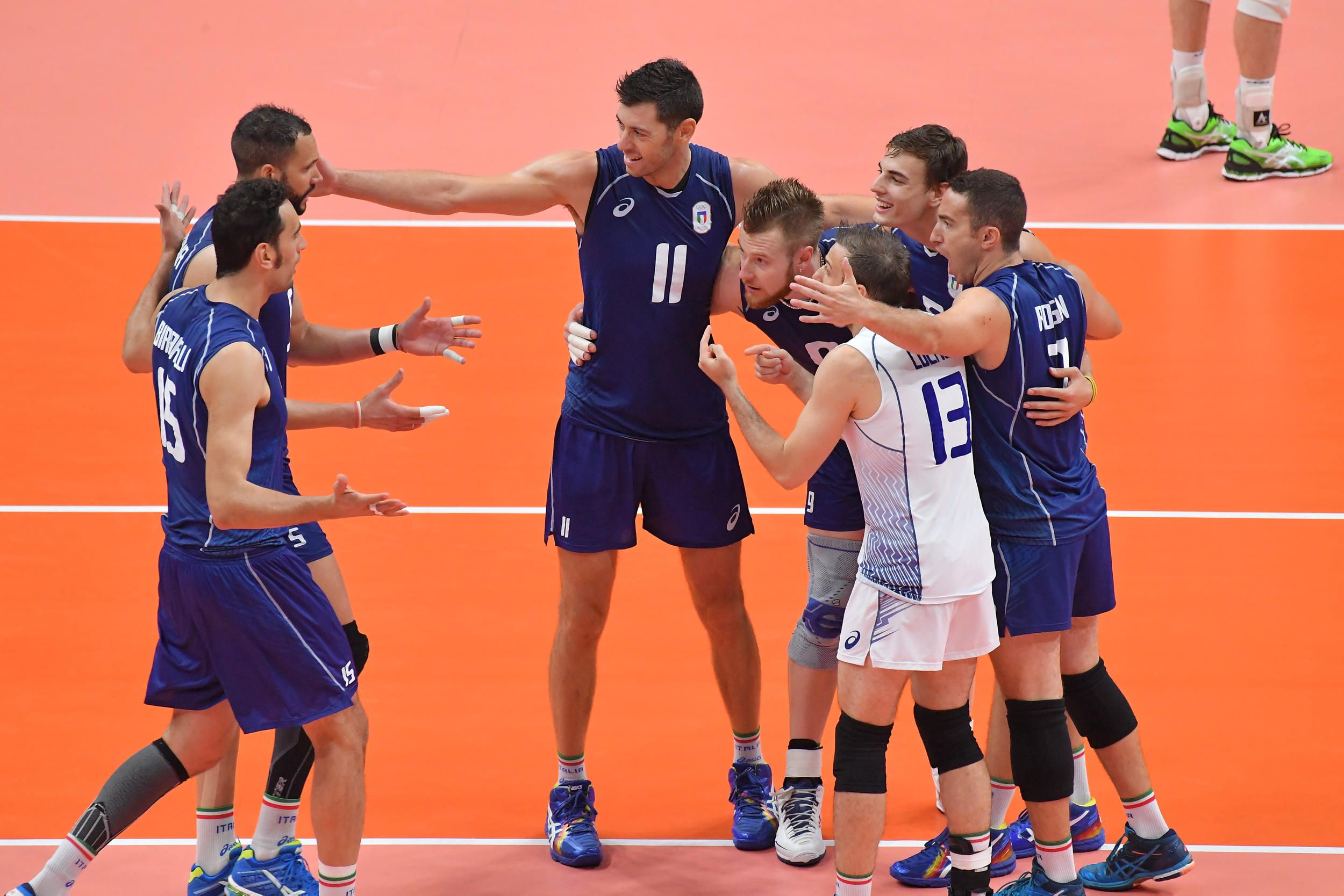 Team Italy Celebrate A Point Against Brazil Final In 2020 Volleyball Team Volleyball Teams