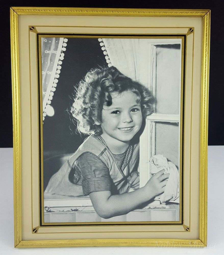 Shirley Temple Beige Black, Gold 9x11\