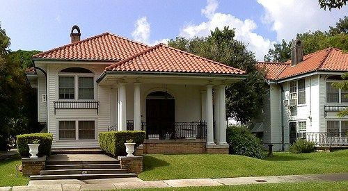 Fachadas de casas bonitas con teja fotos casas en 2019 for Fachada de casas modernas con tejas