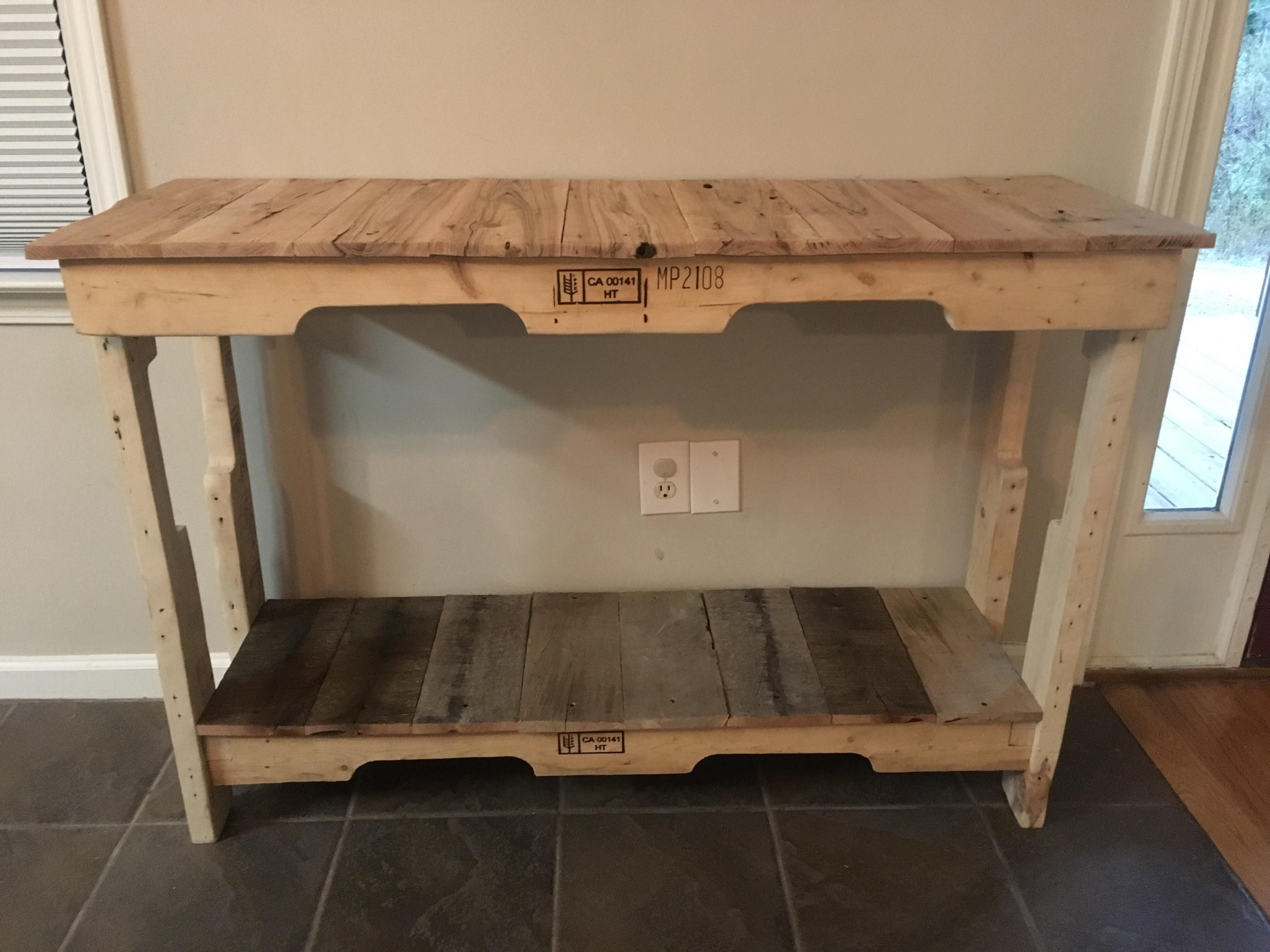 Canadian runners oak top from local hardwood pallet