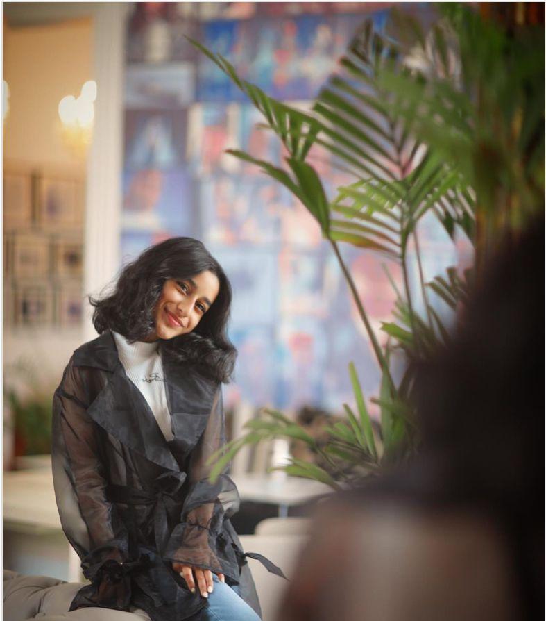 Wadomy Girl Photo Poses Photography Session Instagram Photo