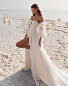 The 10 Most Beautiful Wedding Dresses Of 2019 Bridal Musings In 2020 Beautiful Wedding Dresses Wedding Dresses Simple Sweetheart Neckline Wedding