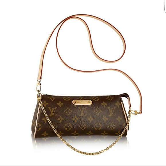 Louis Vuitton monogram sling bag Very Lightly used. Louis Vuitton Bags  Crossbody Bags 1cb580a627