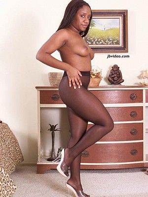 Ebony Tranny Tricks Guy