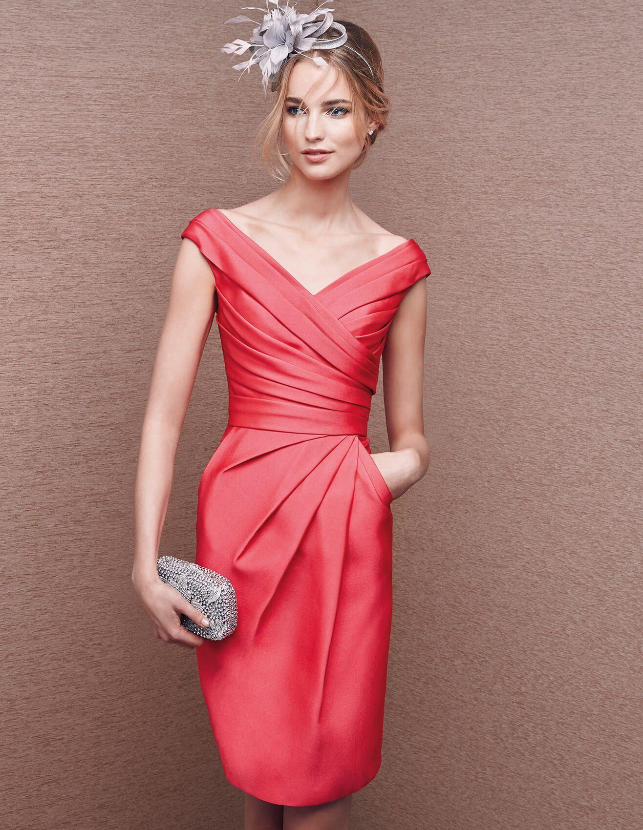 Abito di colore rosso, in mikado | vestidos fiesta | Pinterest ...