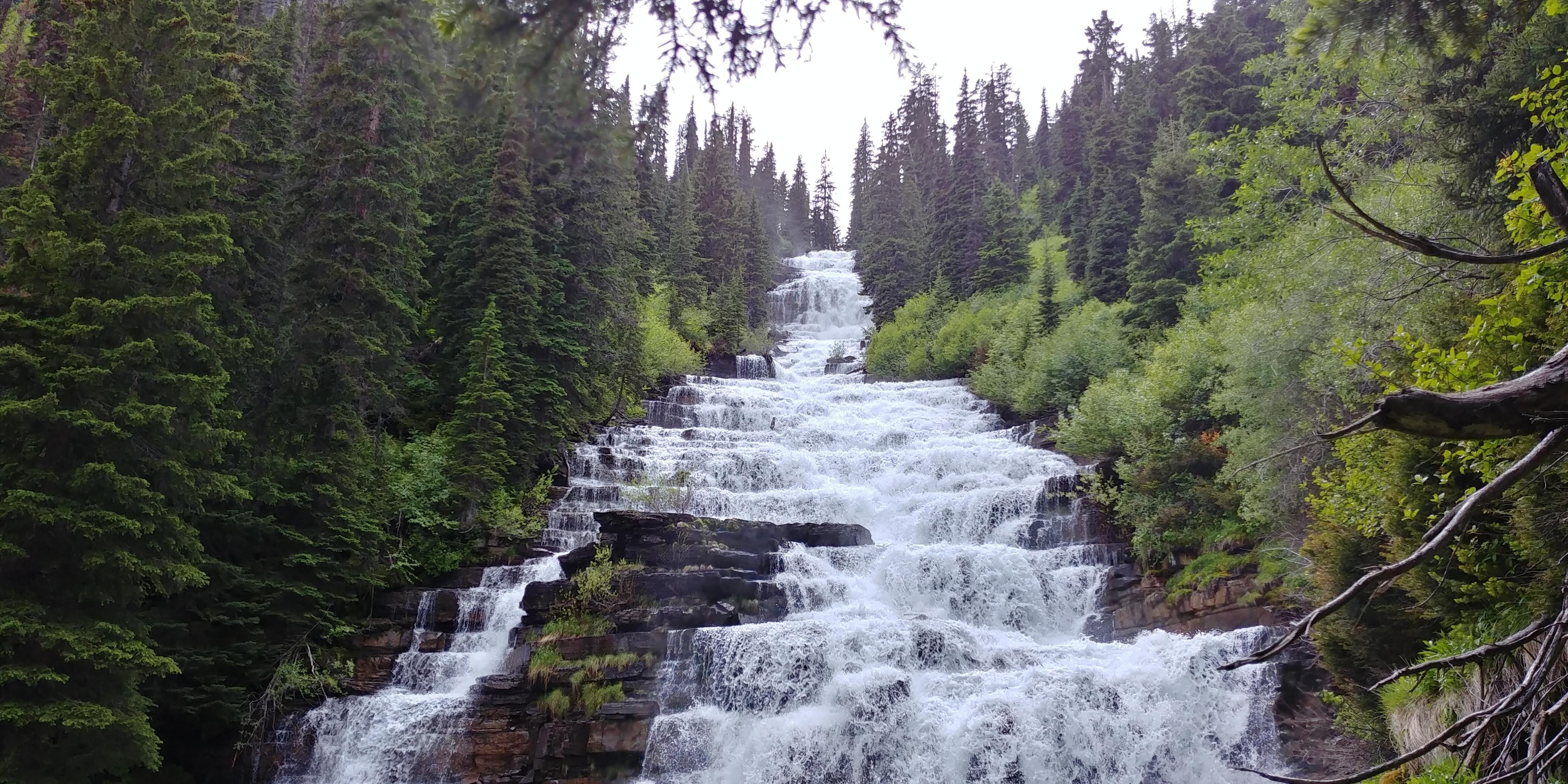 Florence Falls in Glacier National Park [OC] [4160x2080