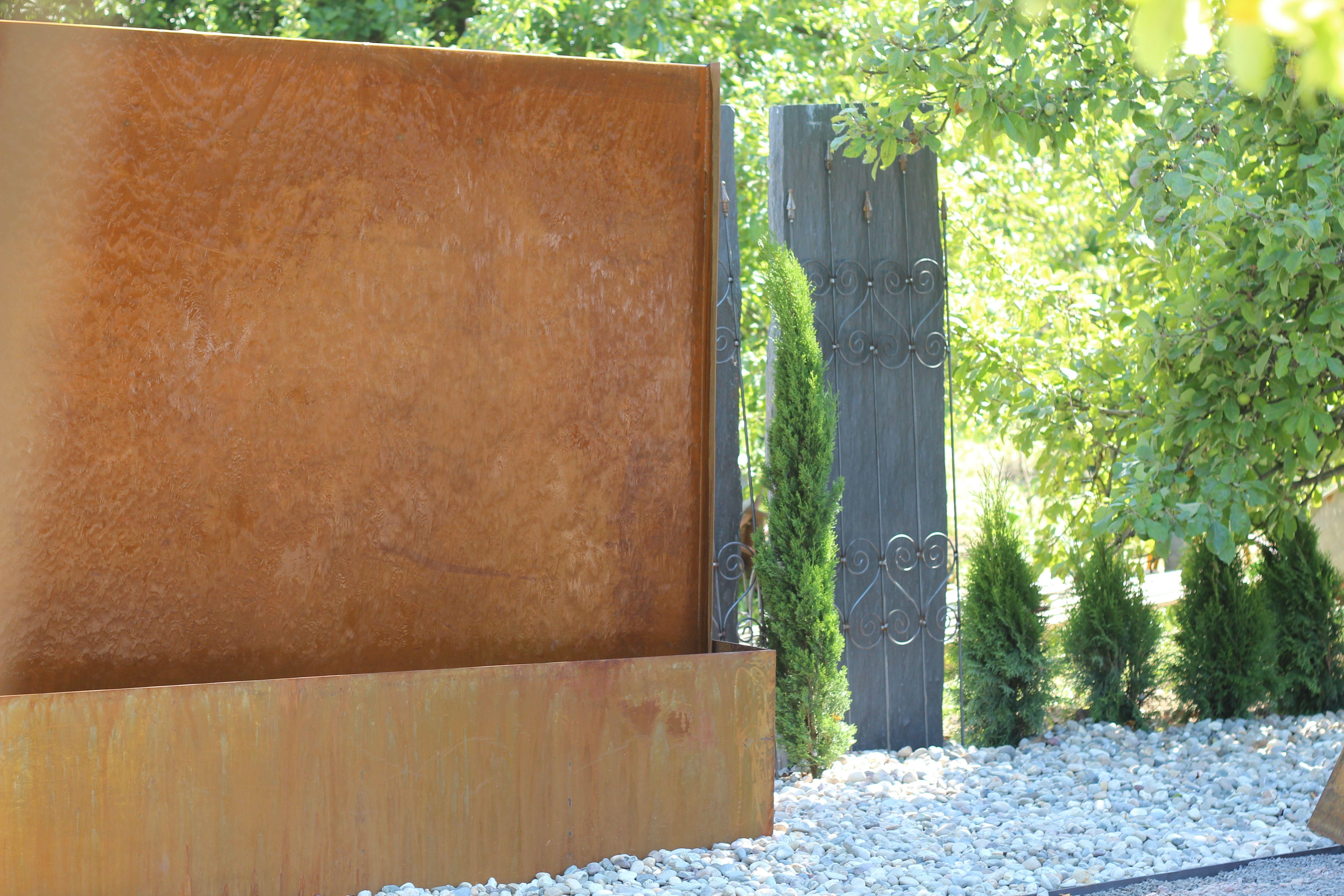 Gigant Wasserwand Cortenstahl Modernes Design Wasser Im Garten Brunnenschmiede De Garten Design Wasserwand Wasser Im Garten