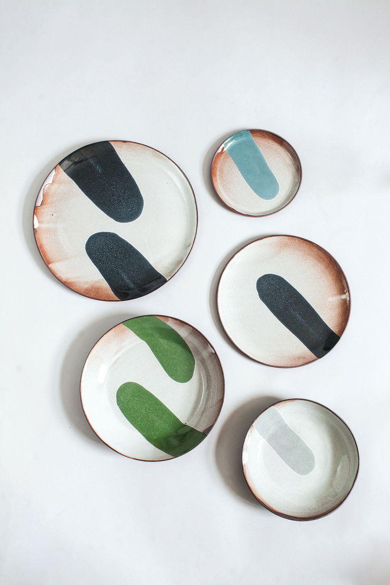 Grune Mobel Die Ruhe Des Waldes Ceramic Studio Ceramics Inspiration