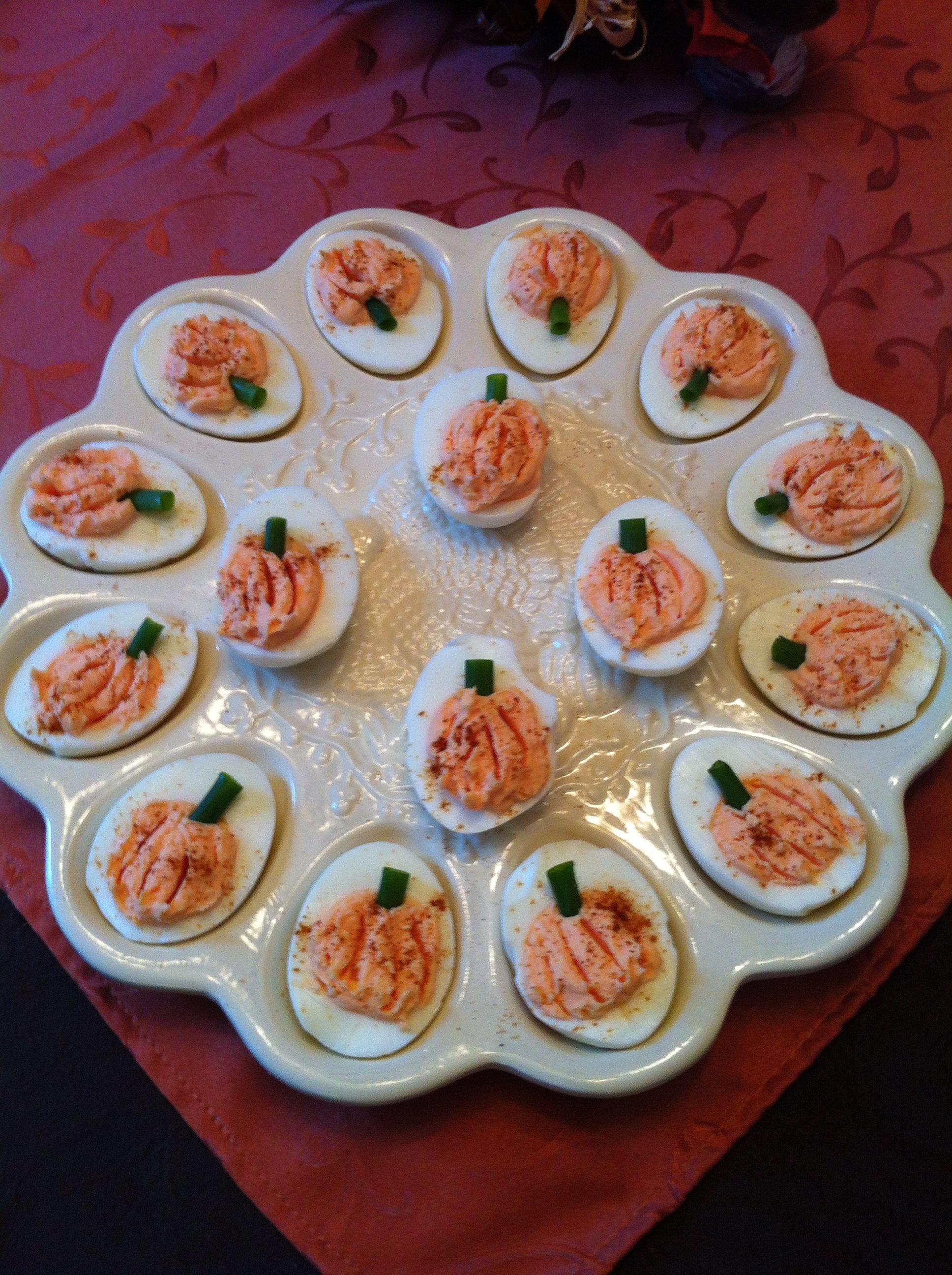 Thanksgiving Deviled Eggs