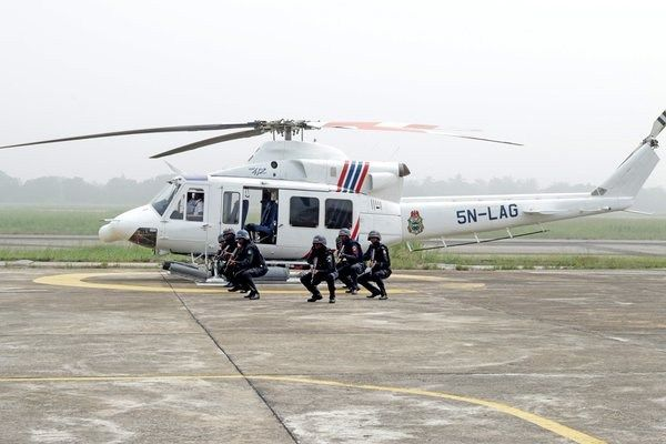 End Of Crime In Lagos? Lagos RRS Police Undergoing Helicopter Training Session (Photos) - http://www.77evenbusiness.com/end-of-crime-in-lagos-lagos-rrs-police-undergoing-helicopter-training-session-photos/