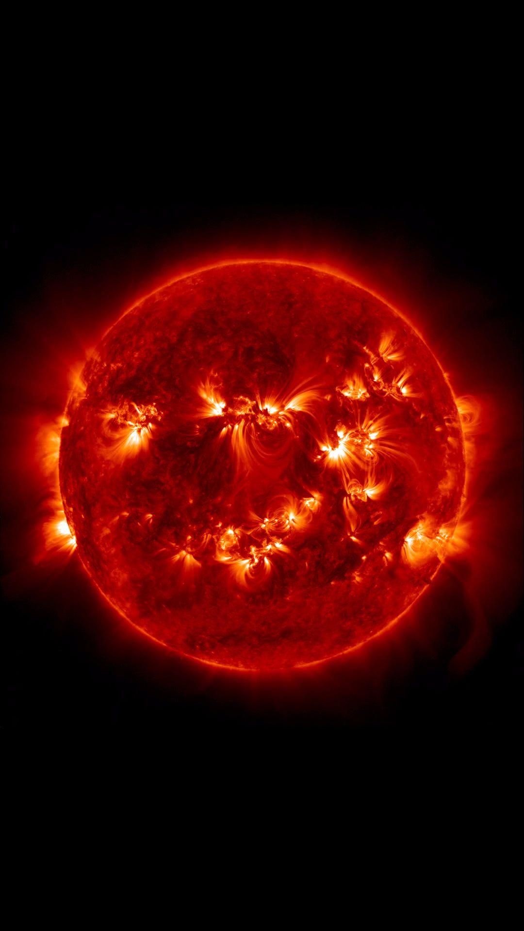 灼熱の太陽 | かっこいい宇宙のスマホ壁紙 | iphone7, スマホ壁紙/待受