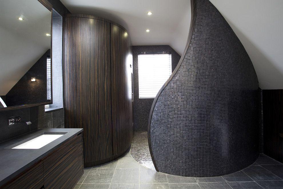 Luxus Badezimmer Design Ideen Ideen Top Badezimmer Luxus Ideen Bathroom Shower Tile Heated Cupboard Rain Hi In 2020 Bathroom Shower Tile Grey Baths Shower Tile