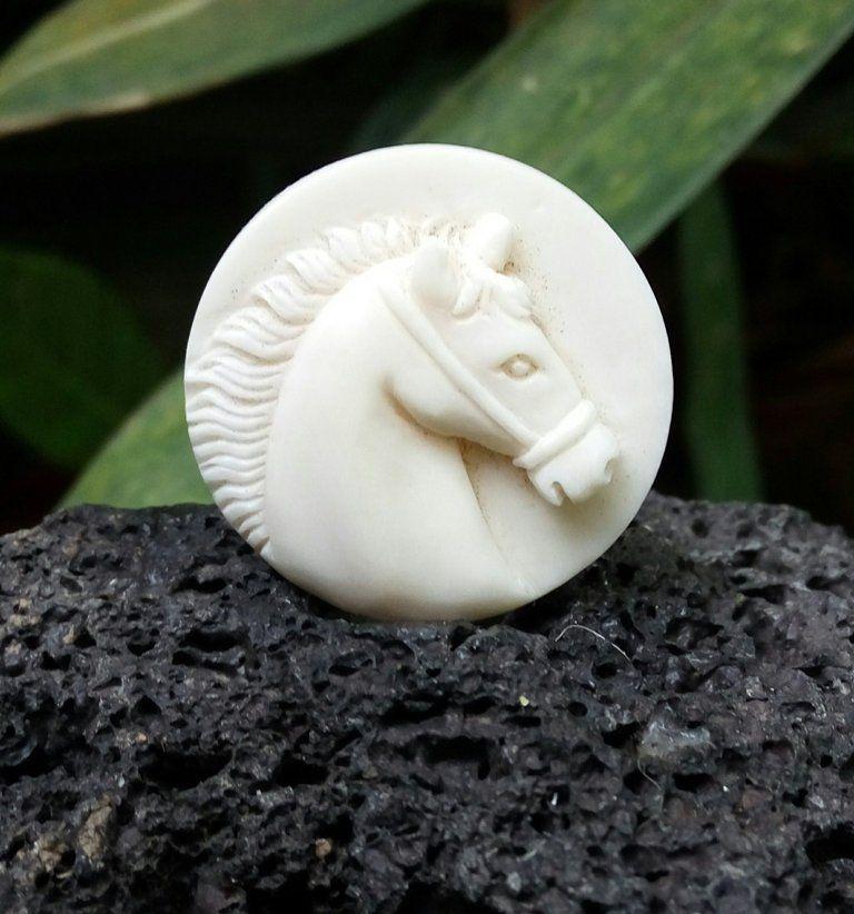 Carved Horse Buffalo Bone Carving Horse Head Wreath Jewelry Making Necklace Pendant E336