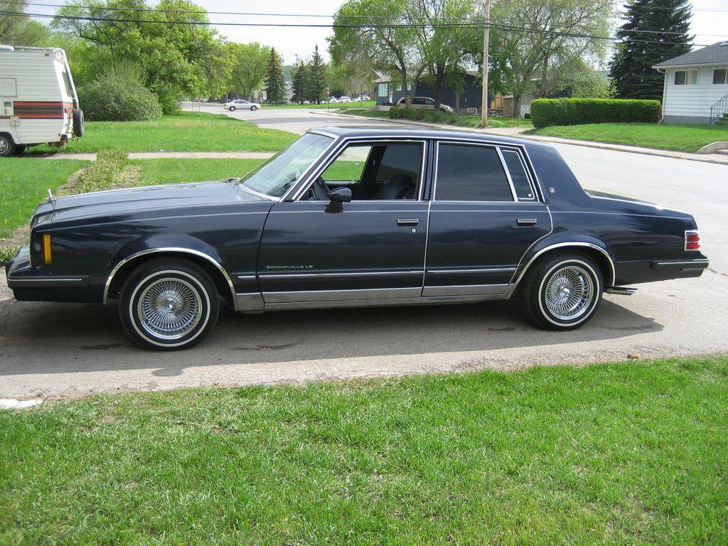 1984 Pontiac Bonneville Le