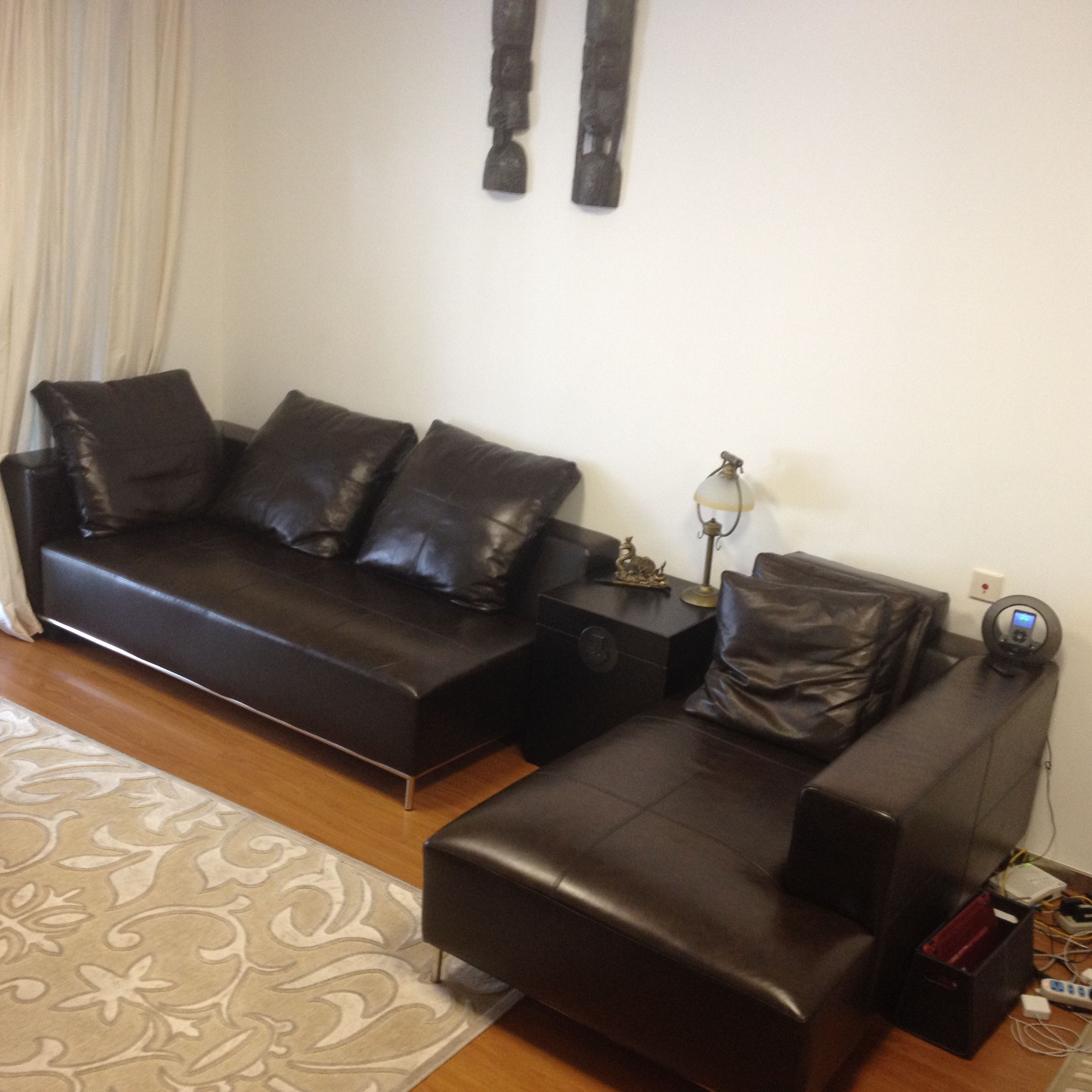 Corner Leather Sofa Comes With Foot Rest Rmb 2500 With Images