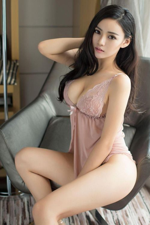 girl models asian Sexy