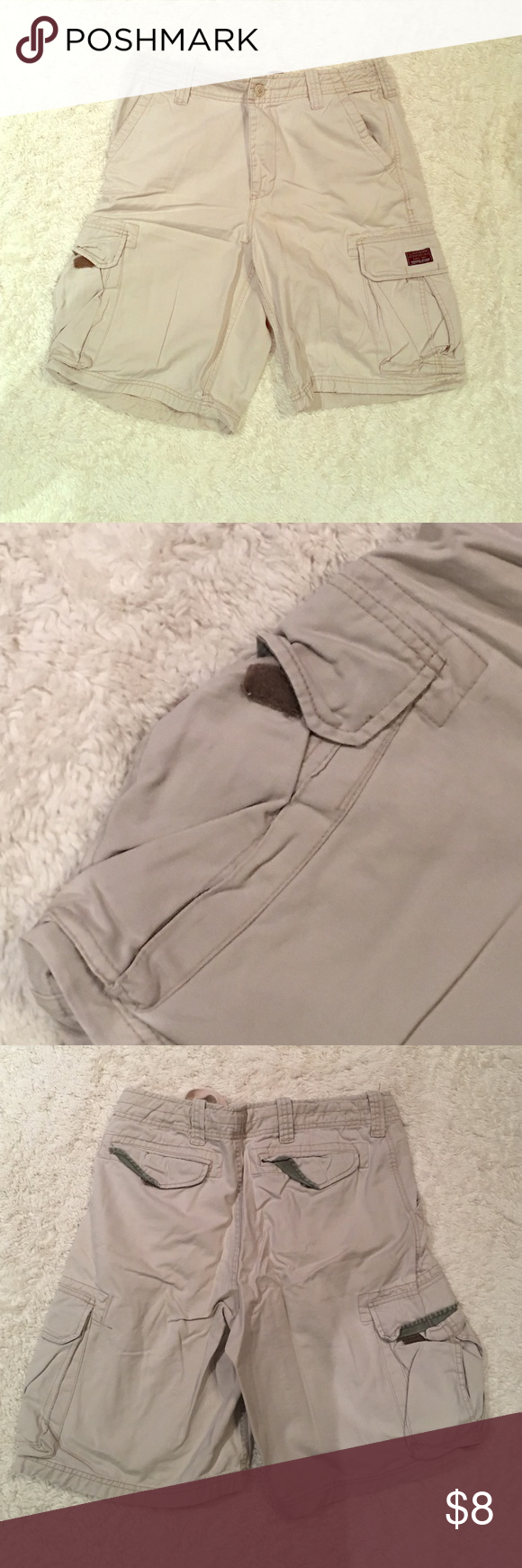 Men's Aeropostale khaki cargo shorts 34 Used- have been in storage for some time- could use a good ironing. I guess they don't look brand new but there are no specific flaws to identify Aeropostale Shorts Cargo