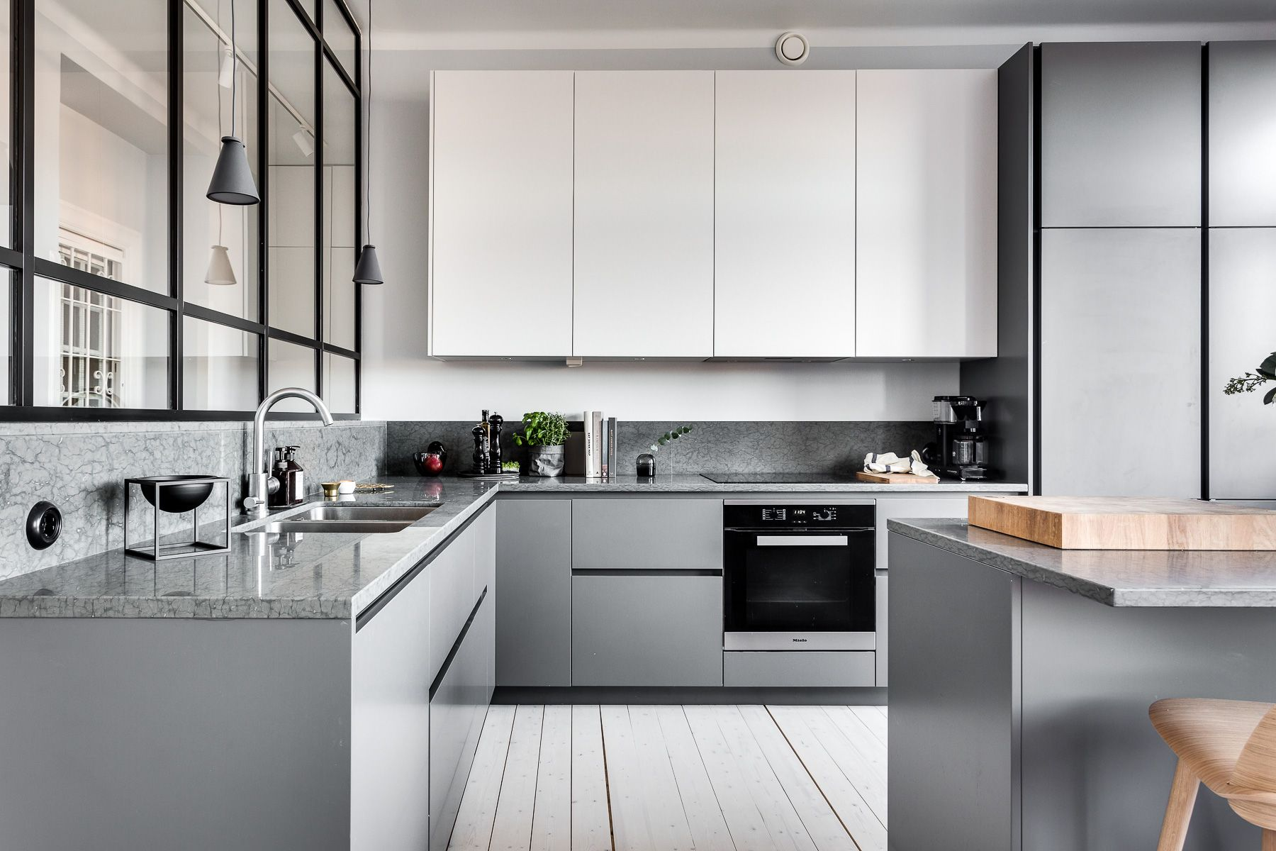 Modern Gray Kitchen Beat Monotony With Style