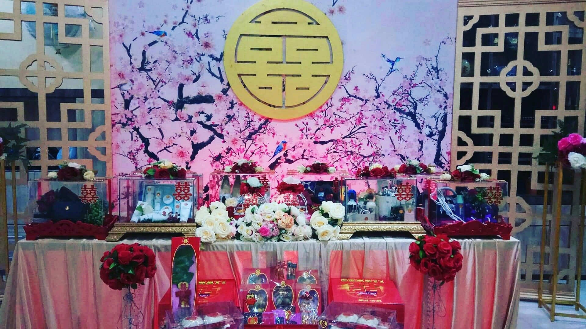 Box & Backdrop Decoration by