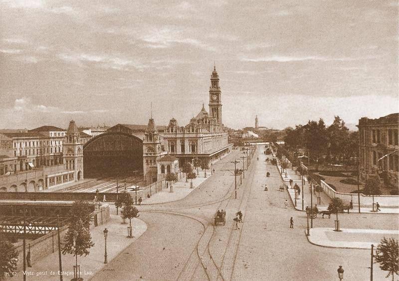 Fotografia da Estação da Luz em 1900 feita por Guilherme Gaensly.
