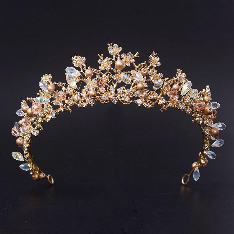 2017 Moda Magnífico Diadema Cristalina Clara Nupcial de la Flor de La Corona de La Boda Tiaras de Novia Accesorios de Boda Del Desfile de Pelo