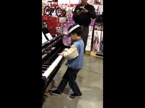 lost child in costco turns out to be musical whiz! part 2  #TGIF #LoveToday