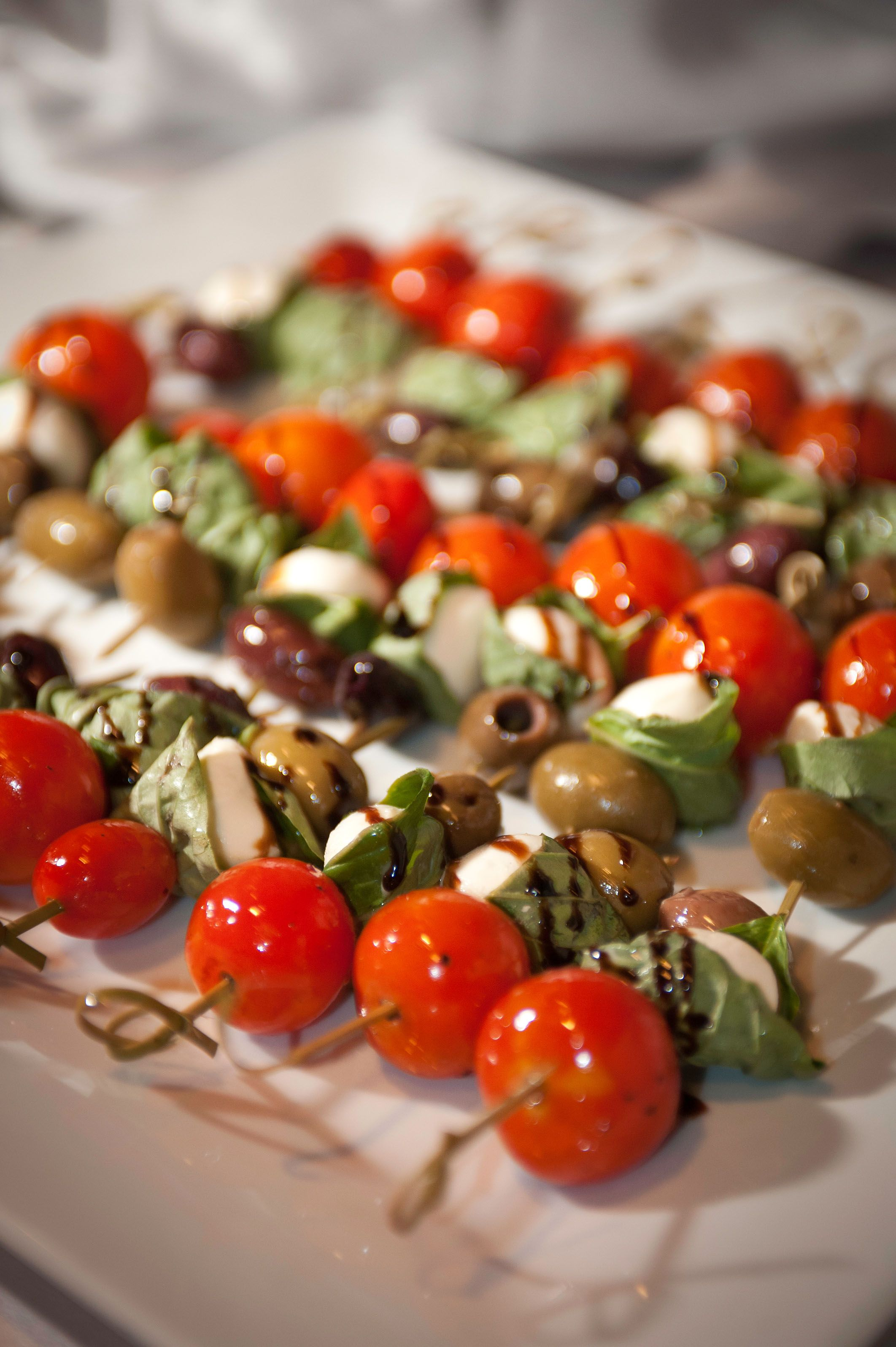Roasted Tomato Mozzarella Bites Crave Catering Minneapolis Mn Grand Opening Party Event Food Food