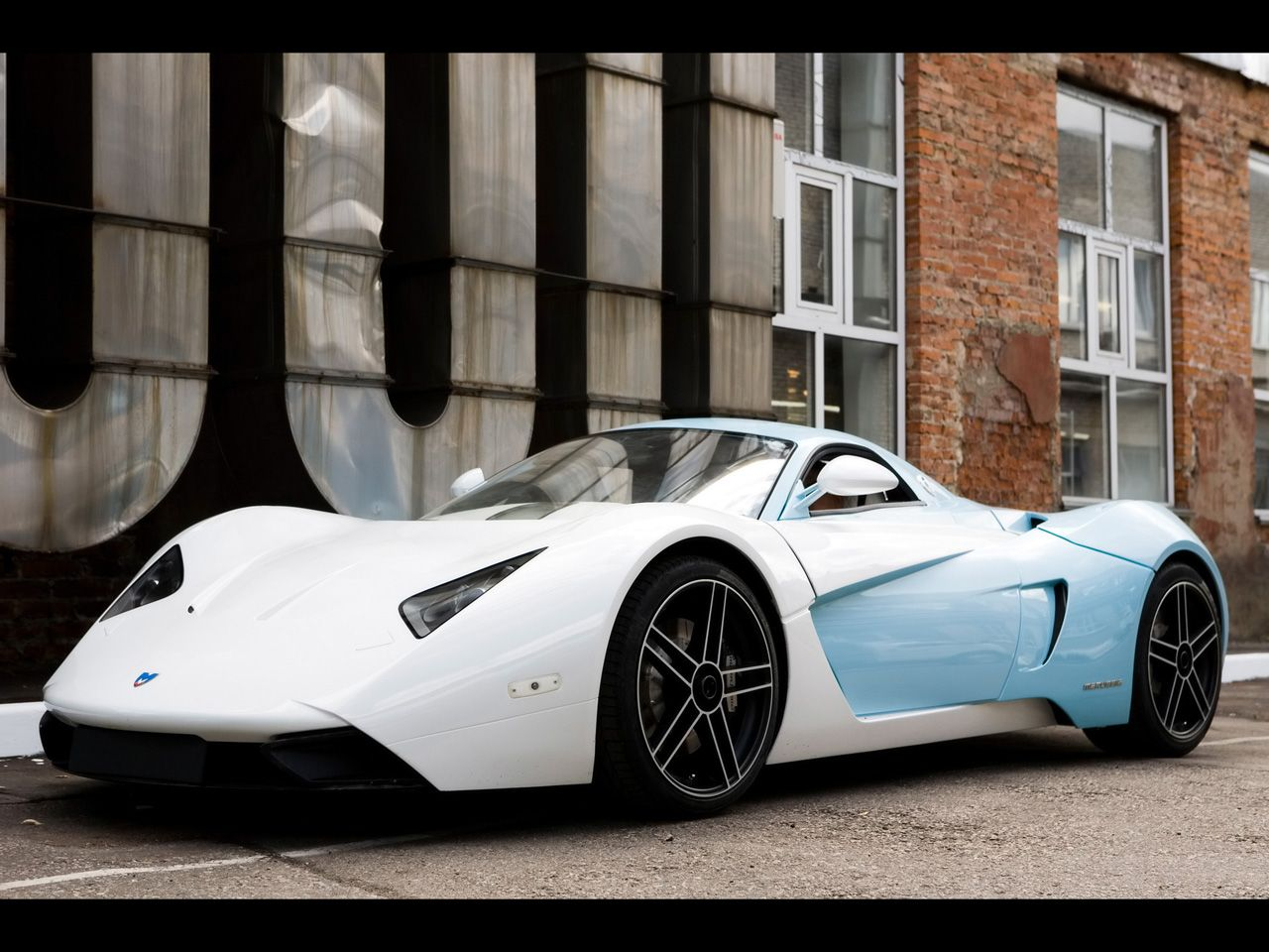 B1 - The first Russian sports car and first car made by Marussia ...