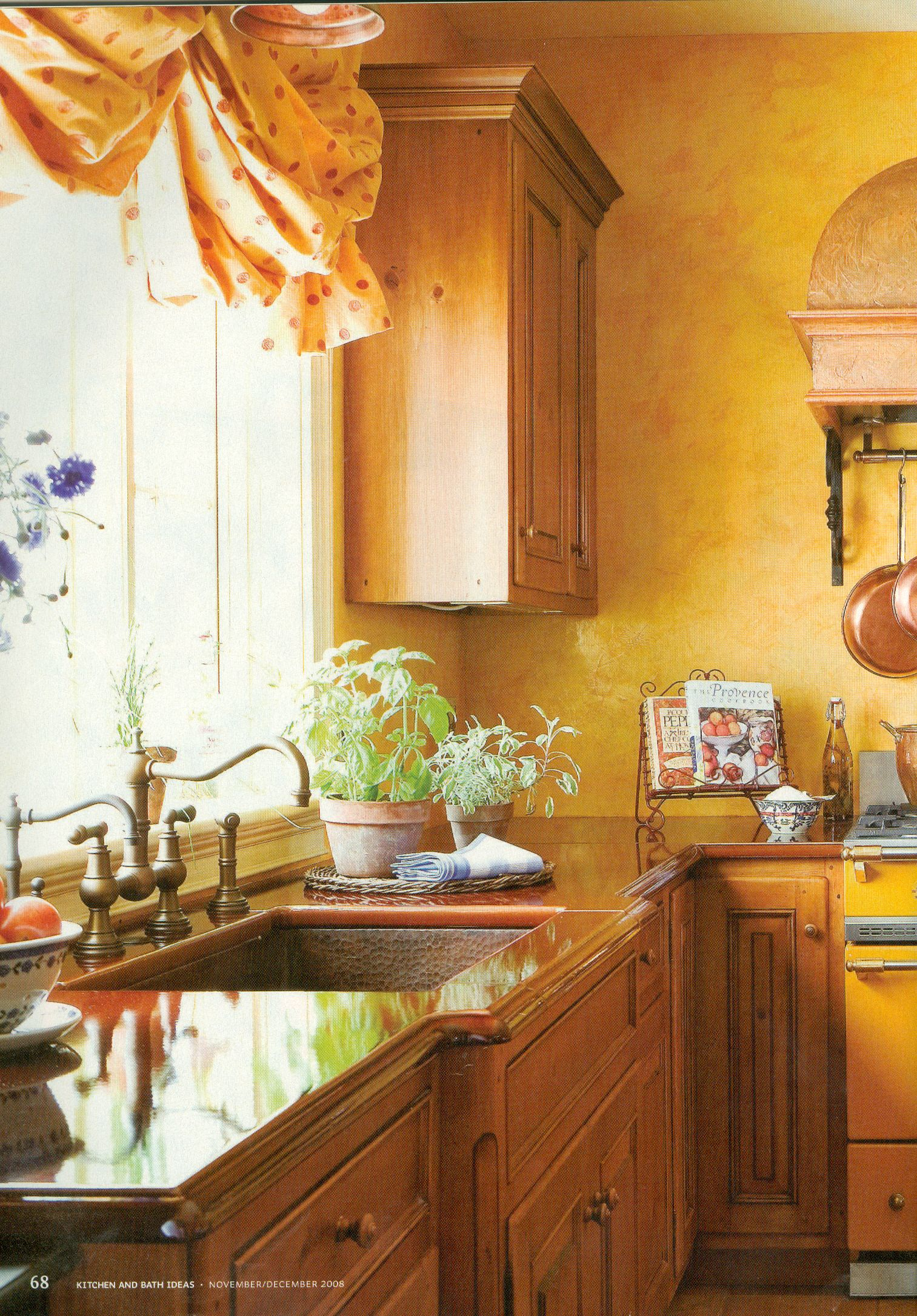 Provencal kitchen kitchens and more pinterest for Country style galley kitchens