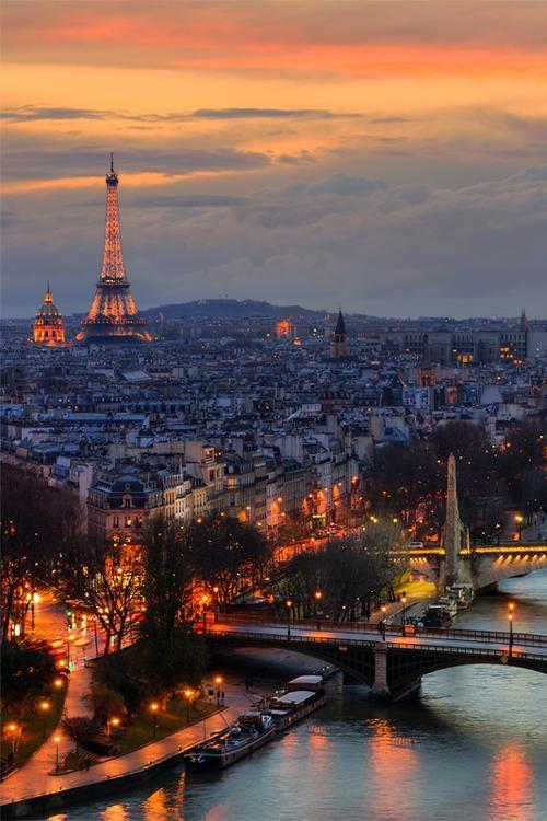 Sunset in Paris | Via ~ LadyLuxury ~