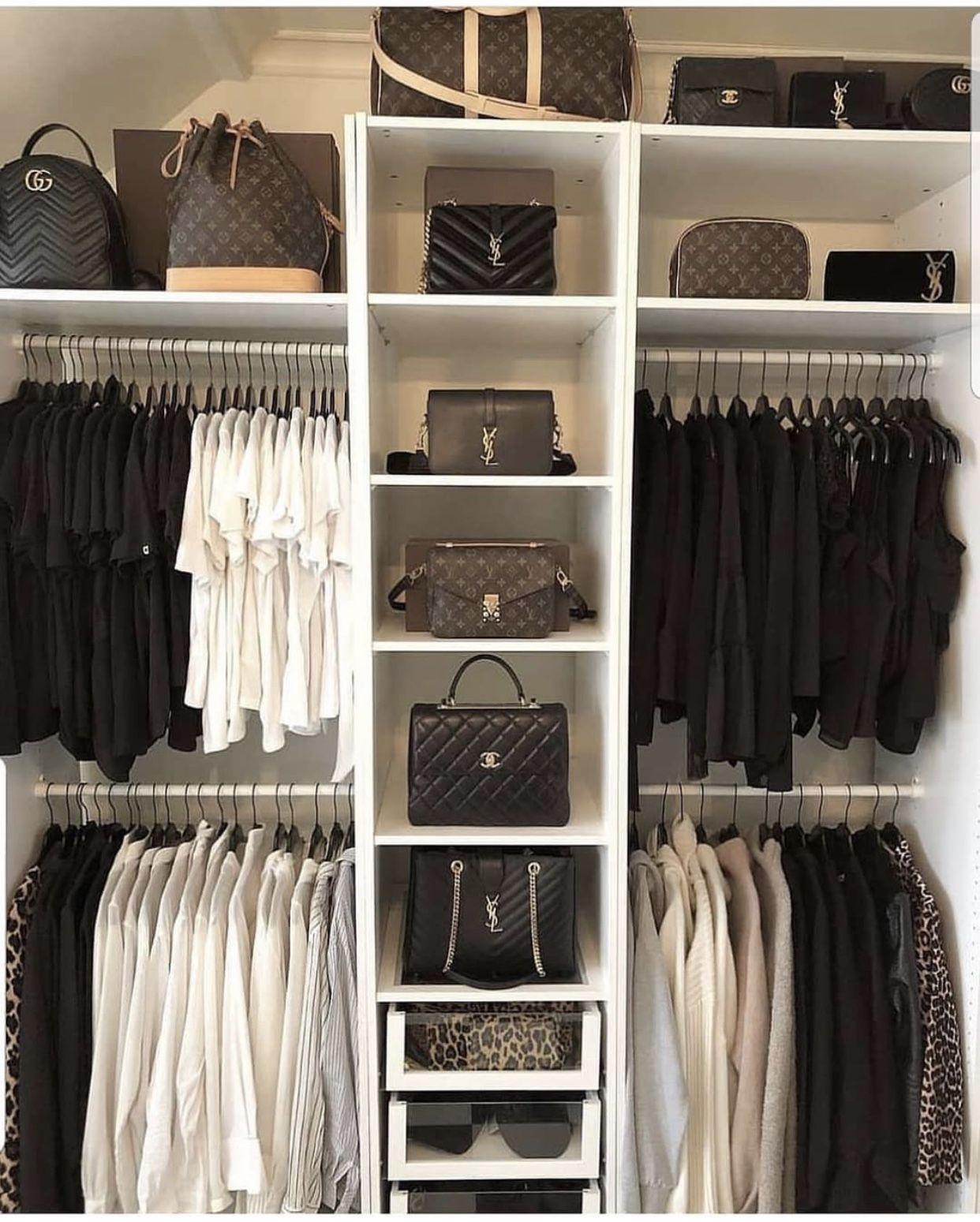 Pin op Ellen's Closet