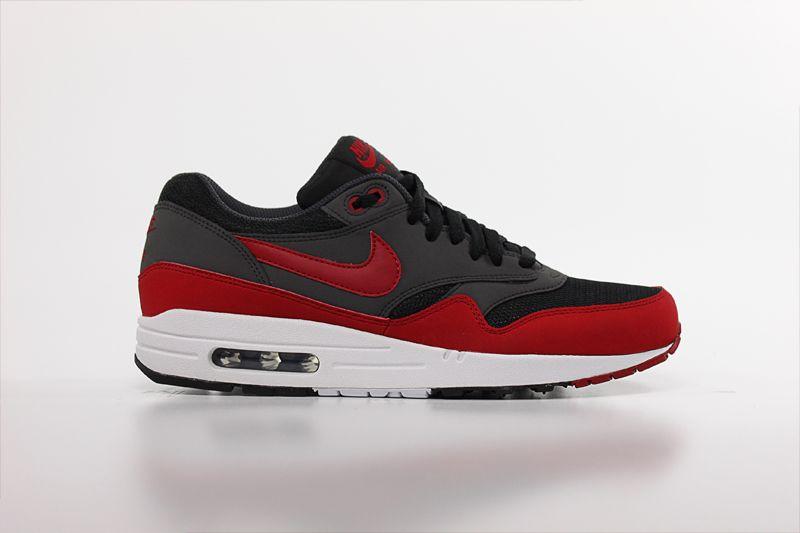 detailed look 29ead 23d03 Nike Air Max 1 Essential 537383-061