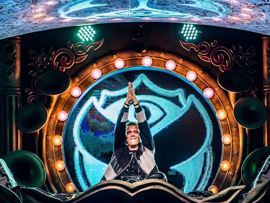 TOP 10 Biggest DJs in the World in 2018 Festicket