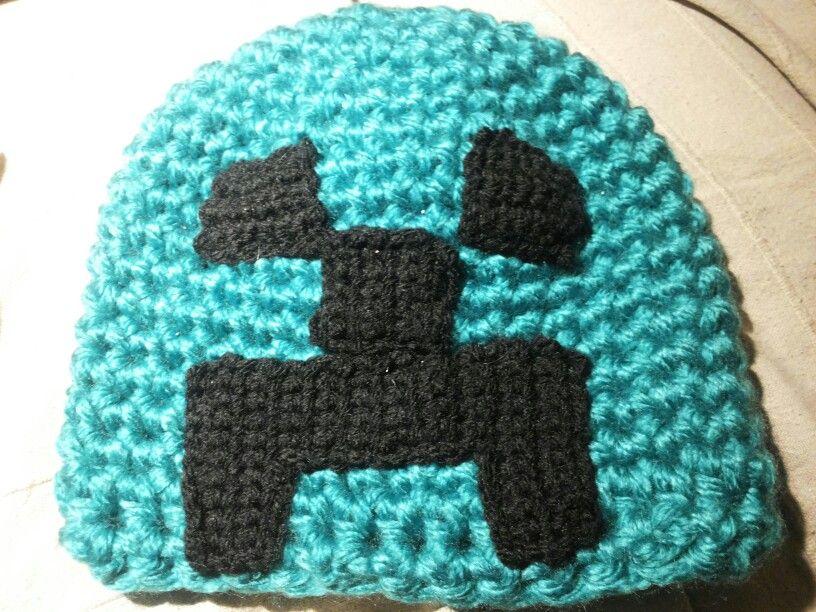 Creepermuts gehaakt voor een Minecraft-fan!