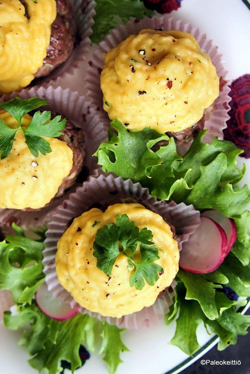 Keltajuuripyreellä kuorrutetut jauhelihamuffinssit | Paleokeittiö
