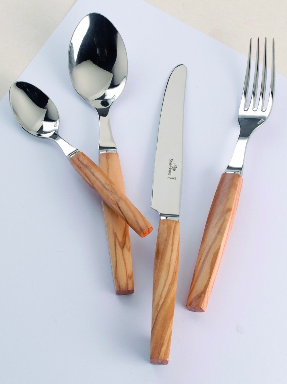 Alain Saint Joanis Geneve Olive Wood Five Piece Place Setting Stainless Steel