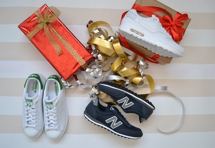 Regalos chico New Balance 410, Adidas Stan Smith, Nike Air Max 1. # · Nouvel  ÉquilibreNike ...