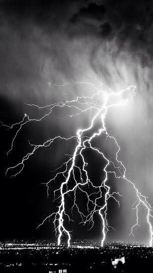 Epic Lightning Iphone Wallpaper