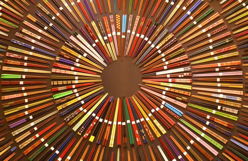 Japanese Chopsticks | ... www.augustman.com/sites/default/files/2010/11/Japanese-chopsticks.jpeg